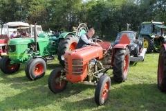 2014-11-03-Zetor-tractor-1